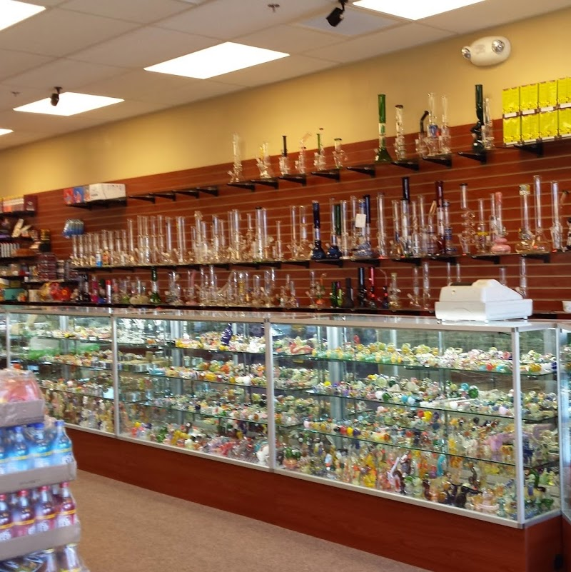 D\'s Smoke Shop and Gifts