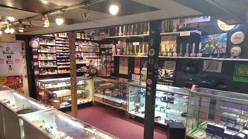 Dreams Smoke Shop