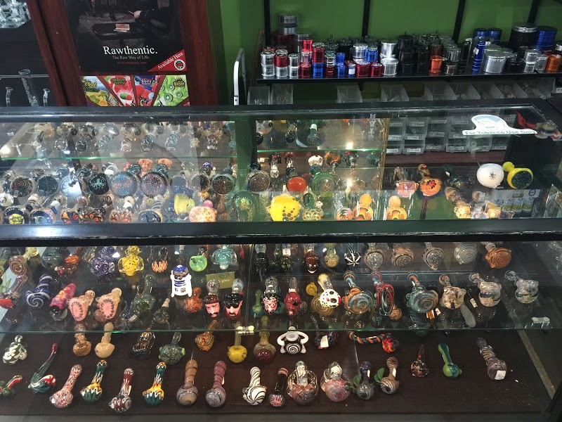 Exscape Smoke Shop