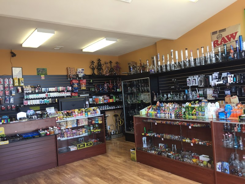 Good Vibes Smokes Shop