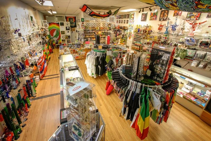 Hawaiian Holy Smokes 2   Headshop in Pearl City, Hawaii
