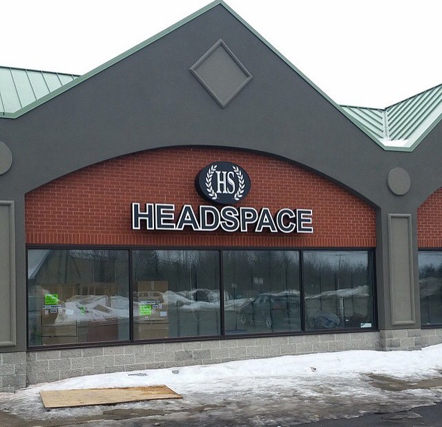 Headspace Glass Gallery