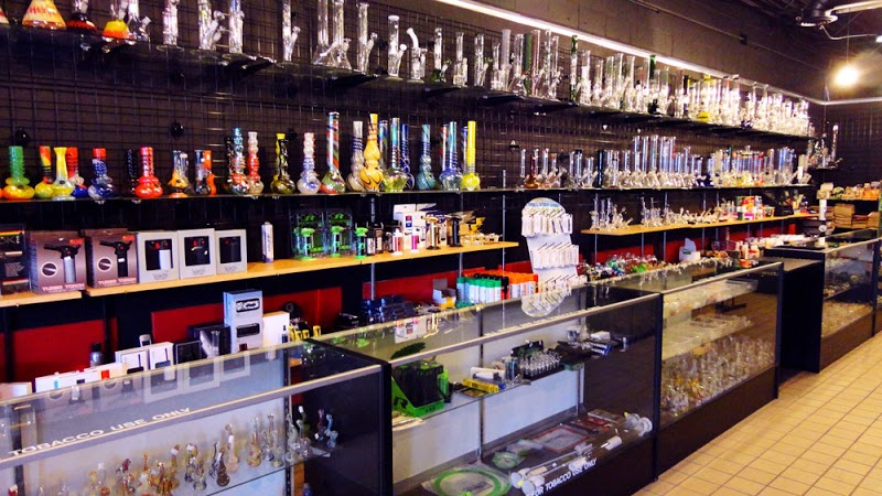 Illusions Smoke Shop
