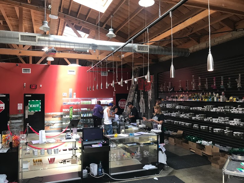 LA Wonderland Marijuana Dispensary Recreational