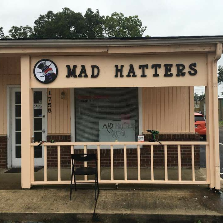 Mad Hatter\'s