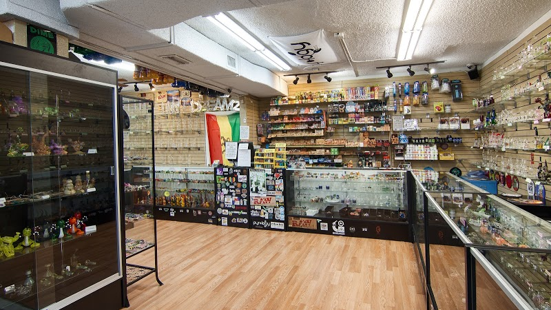 Pipe Dreamz Smoke Shop