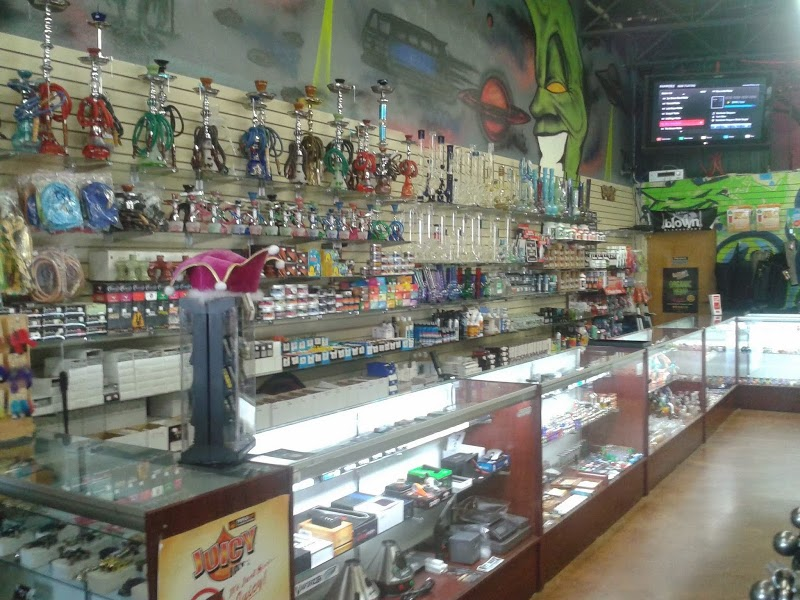 Puff N Stuff Smoke Shop The Colony | Headshop in The Colony