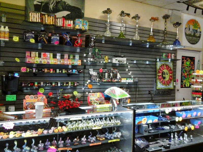 Rusty\'s Smoke Shop
