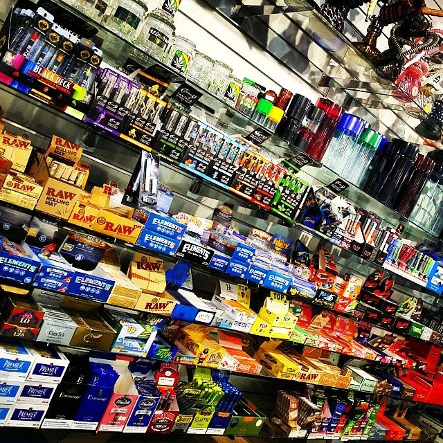 Smoke Shop Pipes & Stuff