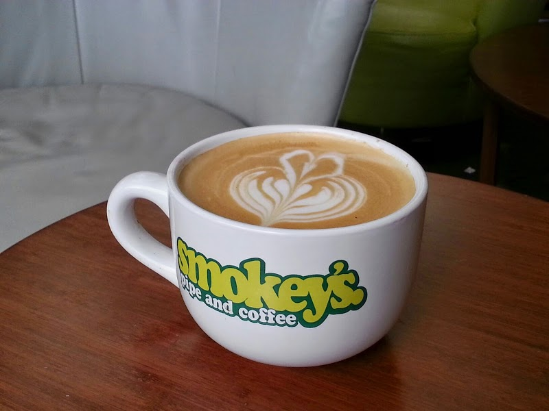 Smokey\'s Pipe and Coffee