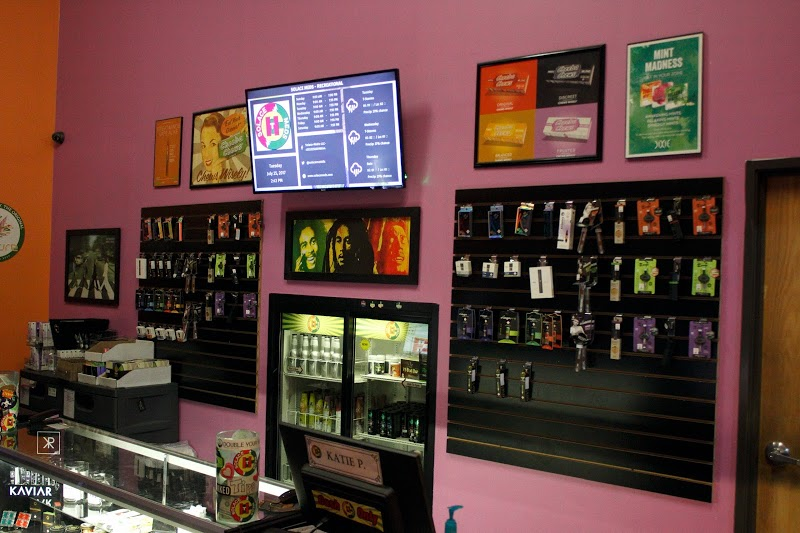 Ace's Place   Dispensary in Fort Collins, Colorado