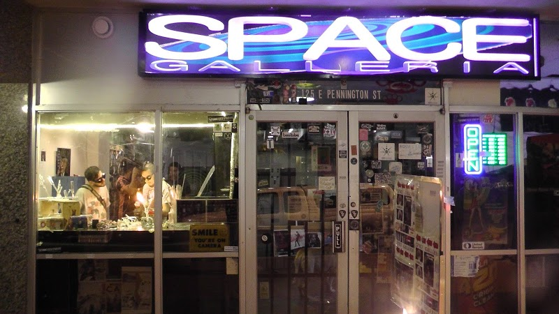 Space Smoke Shop