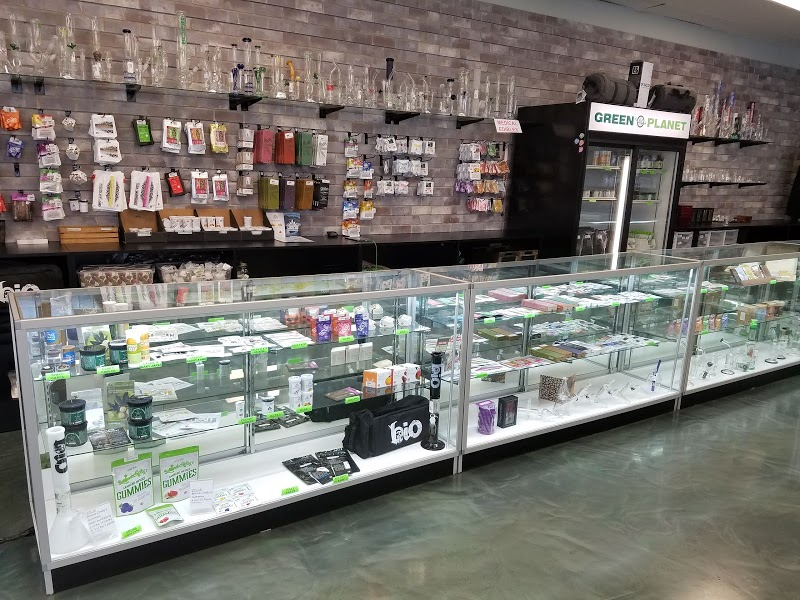 The Green Planet Glass and Vape