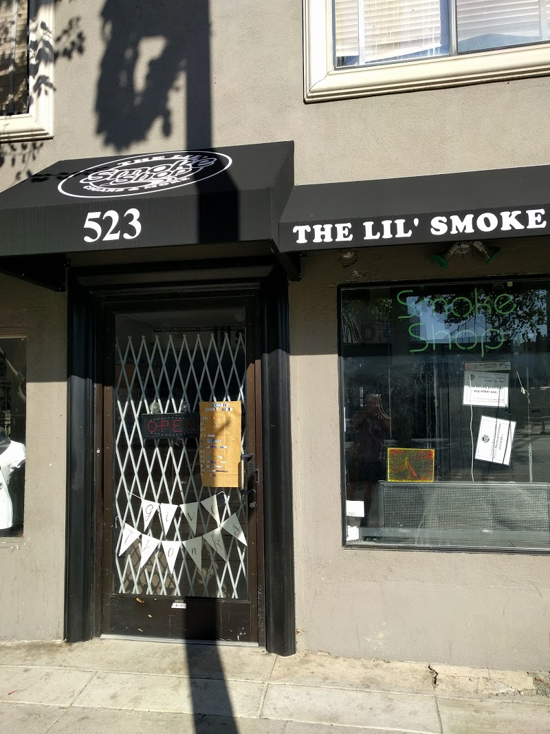The Lil\' Smoke Shop