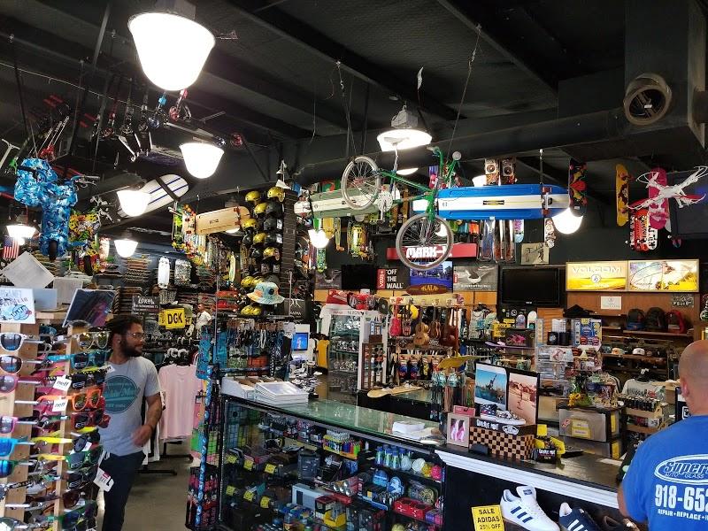 The Quickie-Mart | Headshop in Tulsa, Oklahoma
