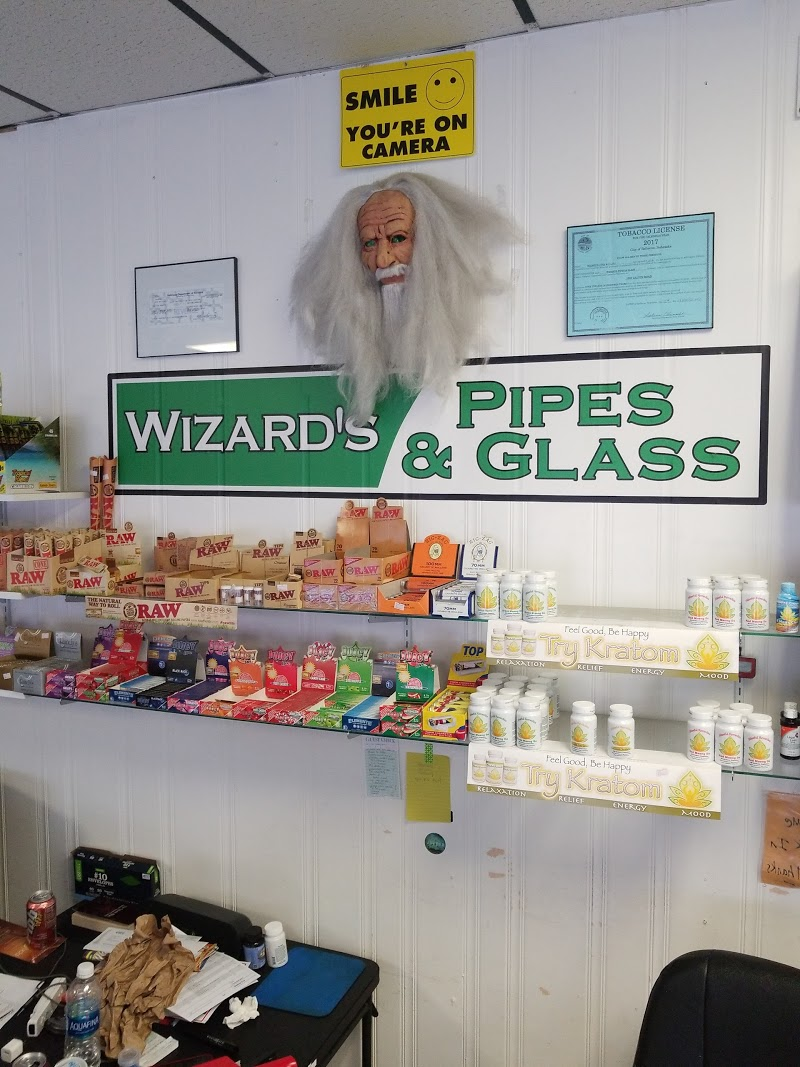Wizard\'s Pipes and Glass